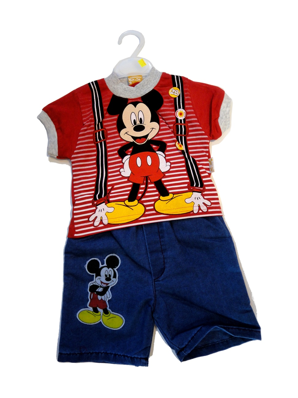 T-SHIRT Mickey Mouse With Jeans